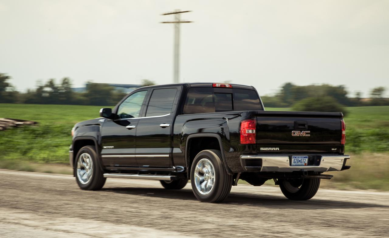 2014 GMC Sierra photo - 1
