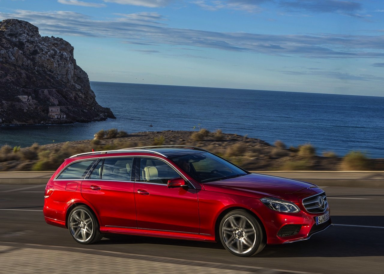 2014 mercedes benz e class estate car photos catalog 2018 for Mercedes benz estate cars