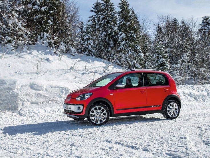2014 Volkswagen Cross Up photo - 2