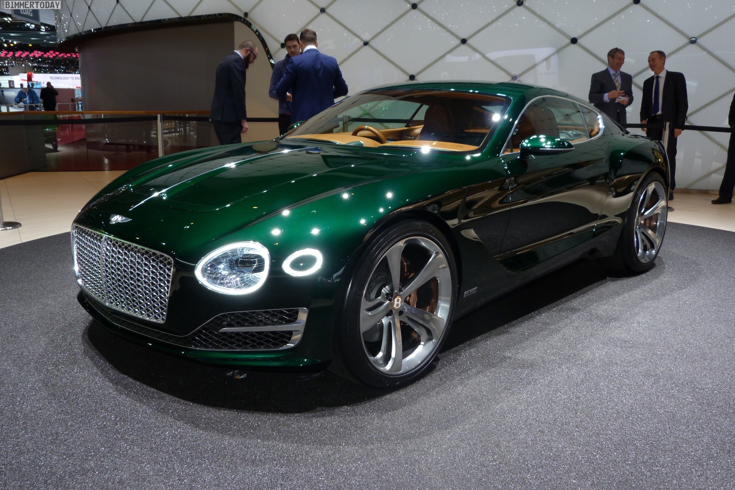 2015 Bentley EXP 10 Speed 6 Concept photo - 1