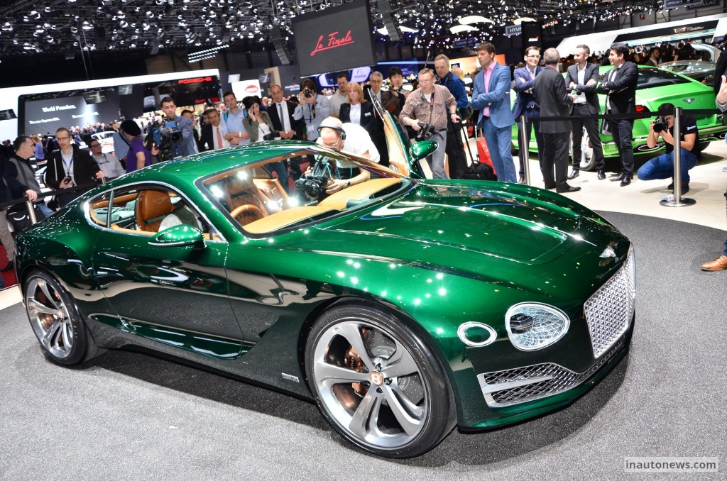 2015 Bentley EXP 10 Speed 6 Concept photo - 2