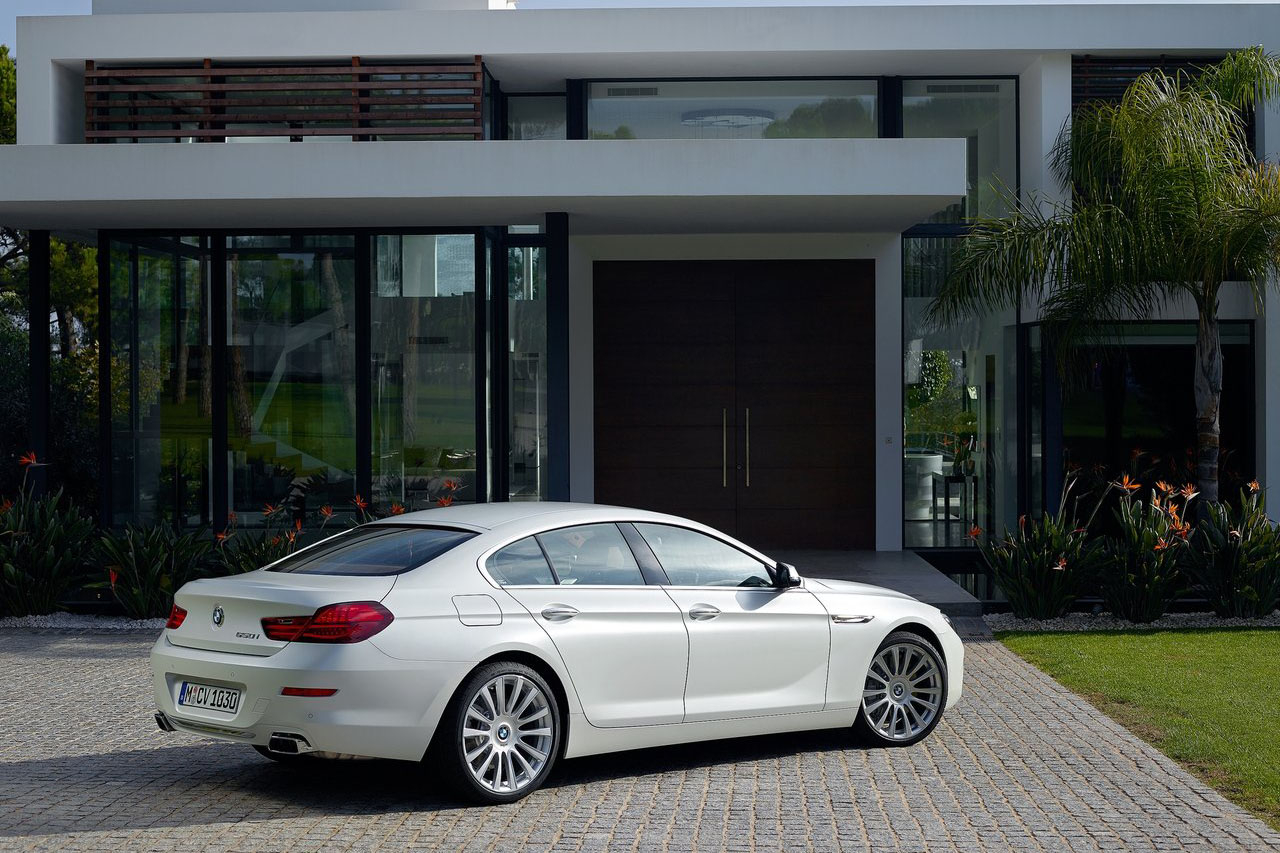 2015 BMW 6 Series Coupe photo - 1