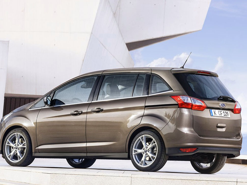 2015 Ford C MAX photo - 3