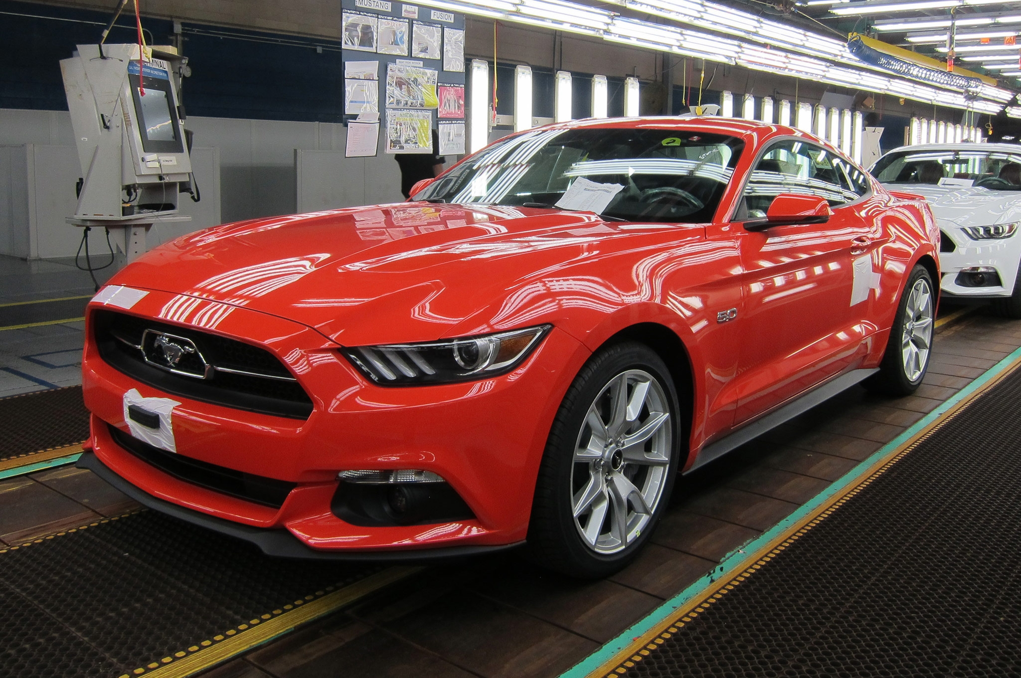 2015 Ford Mustang GT photo - 2