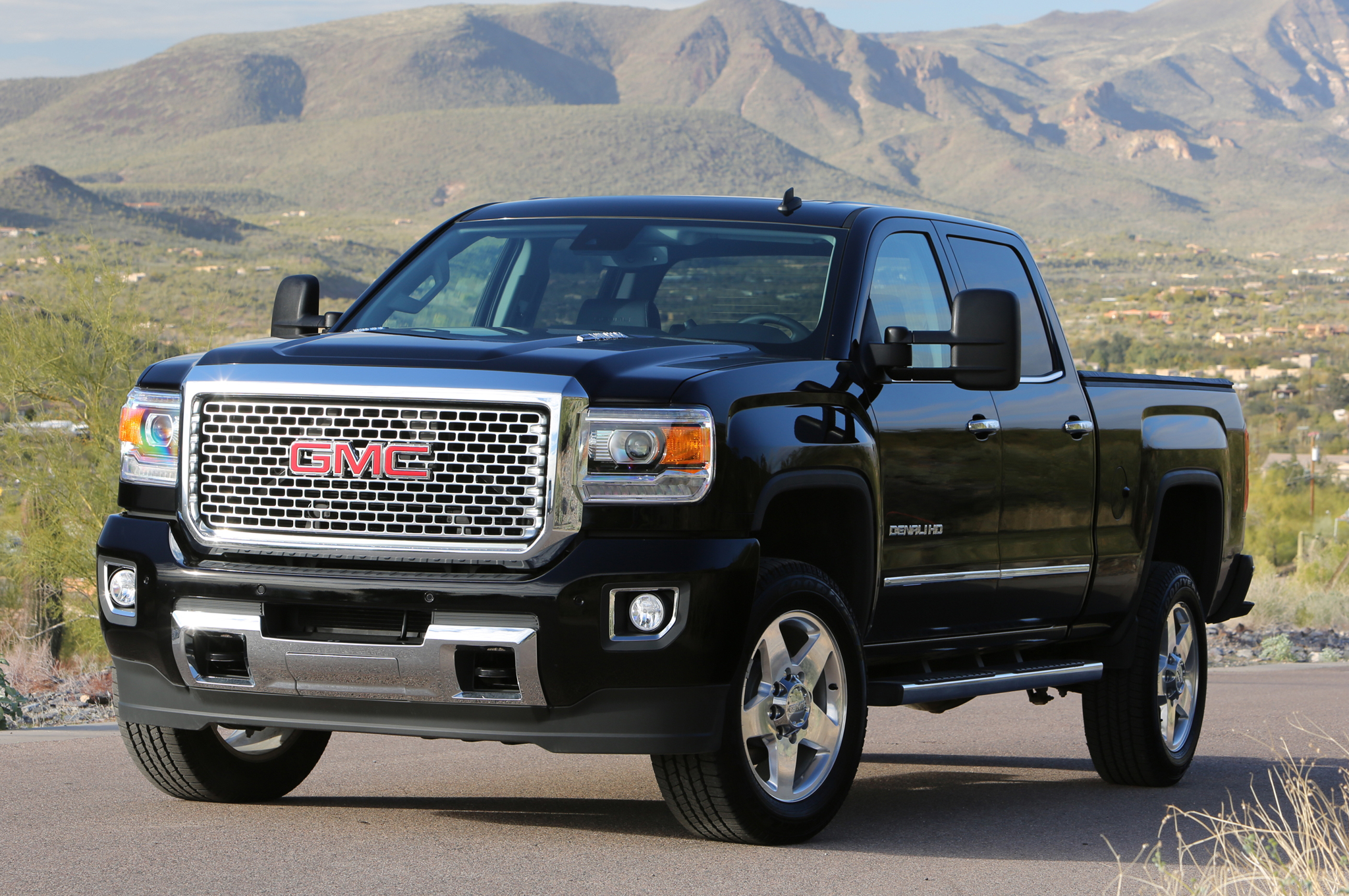 2015 GMC Sierra HD photo - 1