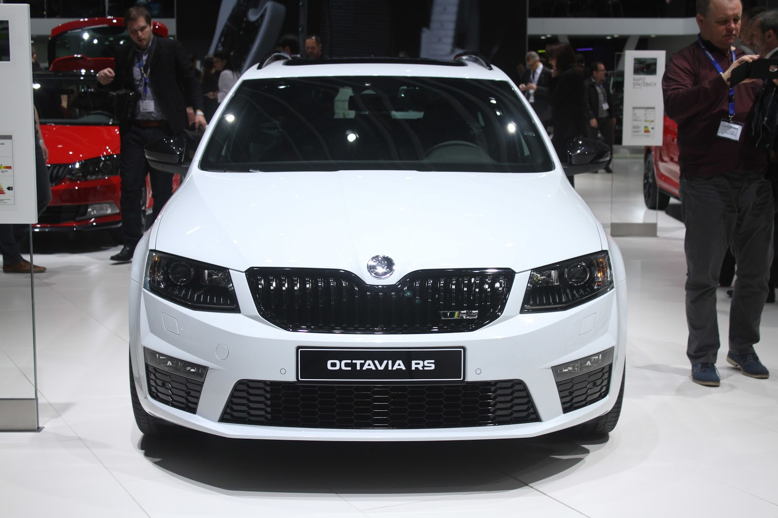 2015 skoda octavia rs 230 car photos catalog 2018. Black Bedroom Furniture Sets. Home Design Ideas