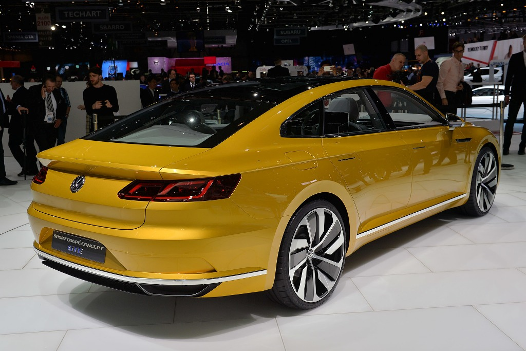 2015 Volkswagen Sport Coupe GTE Concept photo - 2