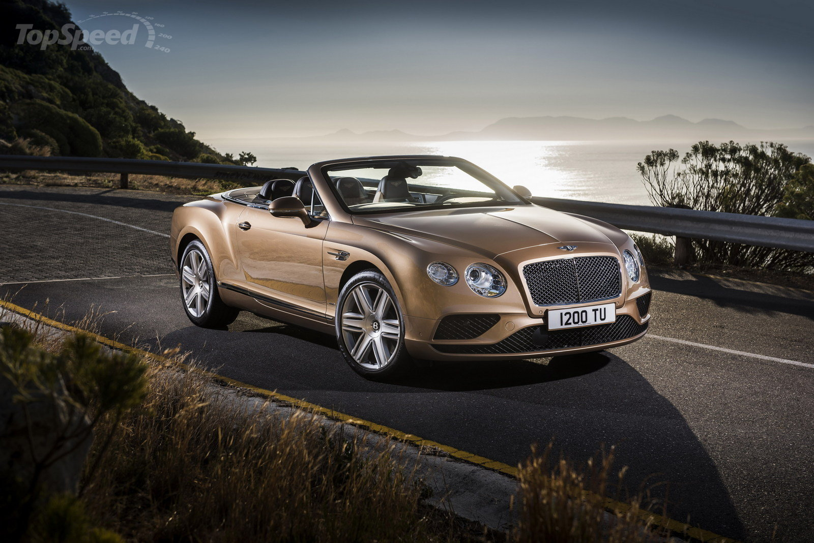 2016 Bentley sports photo - 3