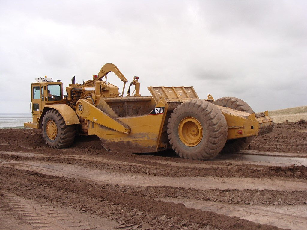 2016 Caterpillar 631 photo - 1