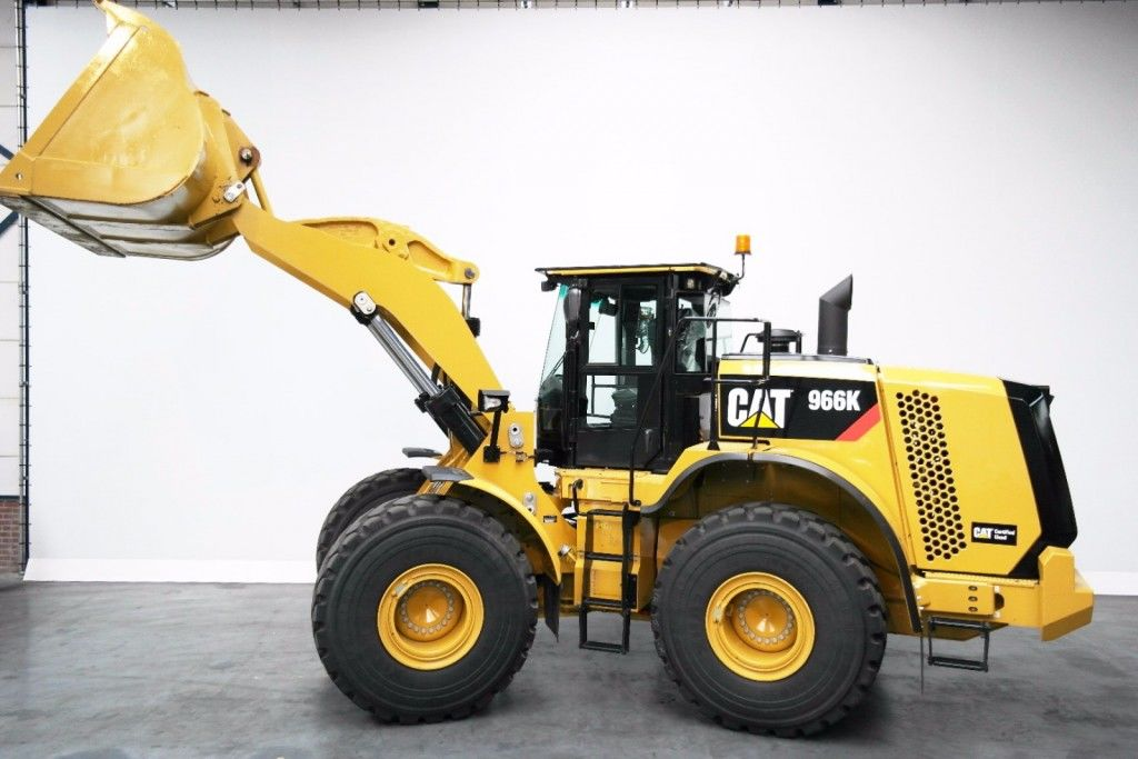 2016 Caterpillar 966 photo - 3