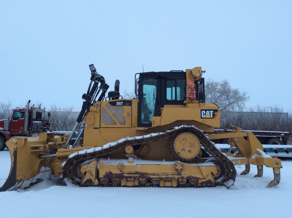 2016 Caterpillar d6 photo - 2