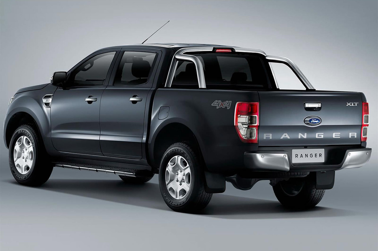 2016 Ford 3000 photo - 3