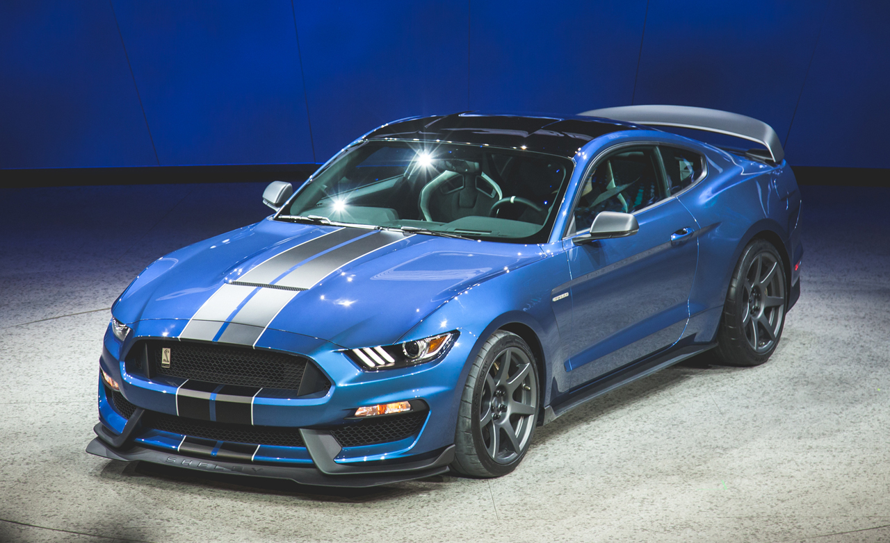 2016 Ford Mustang Shelby GT350R photo - 1