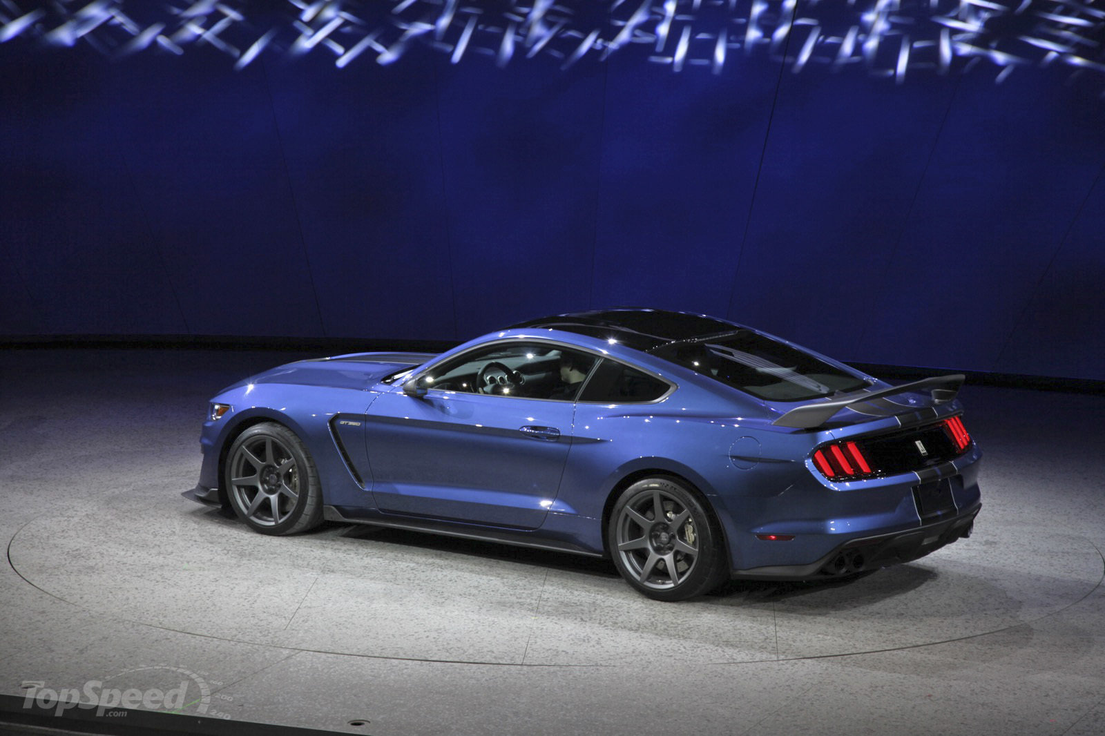 2016 Ford Mustang Shelby GT350R photo - 2