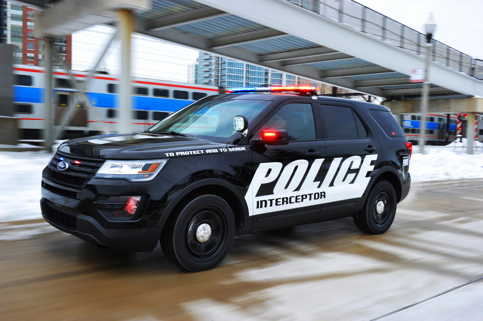 2016 Ford Police Interceptor Utility photo - 3