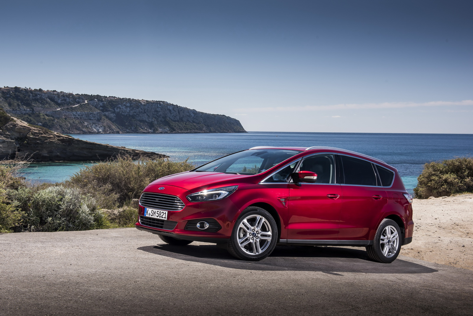 2016 Ford s max photo - 3