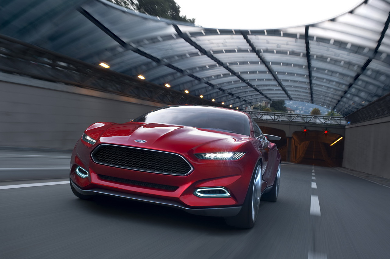 2016 Ford thunderbirds photo - 1