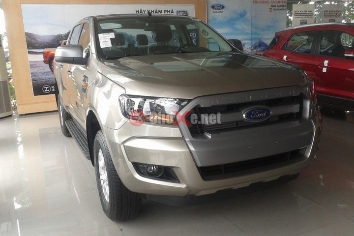 2016 Ford tracer photo - 2
