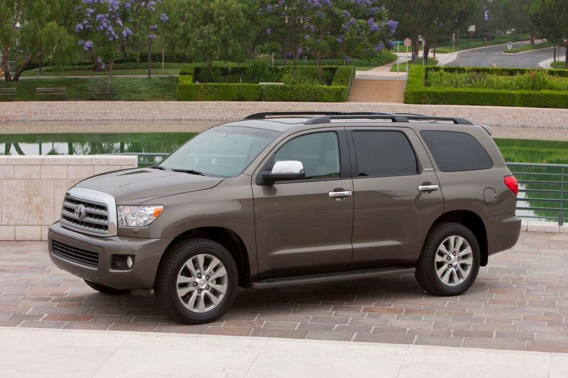 2016 Gmc sequoia photo - 2