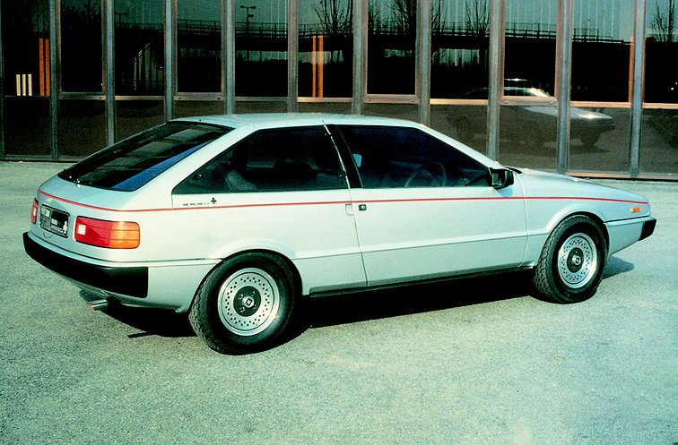 2016 Isuzu fuego photo - 2