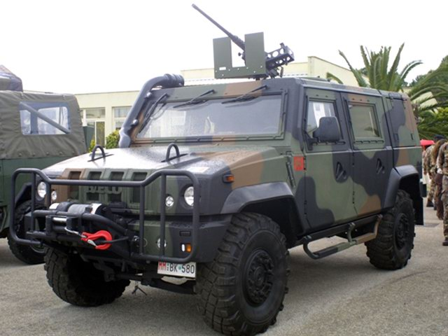2016 Iveco lince photo - 3