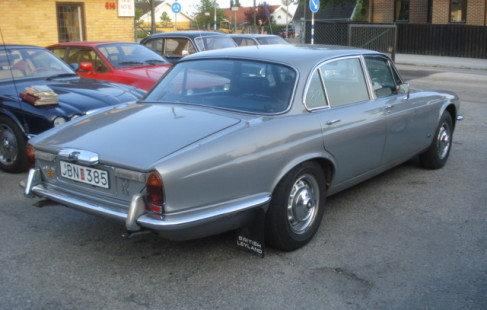 2016 Jaguar xj6l photo - 1