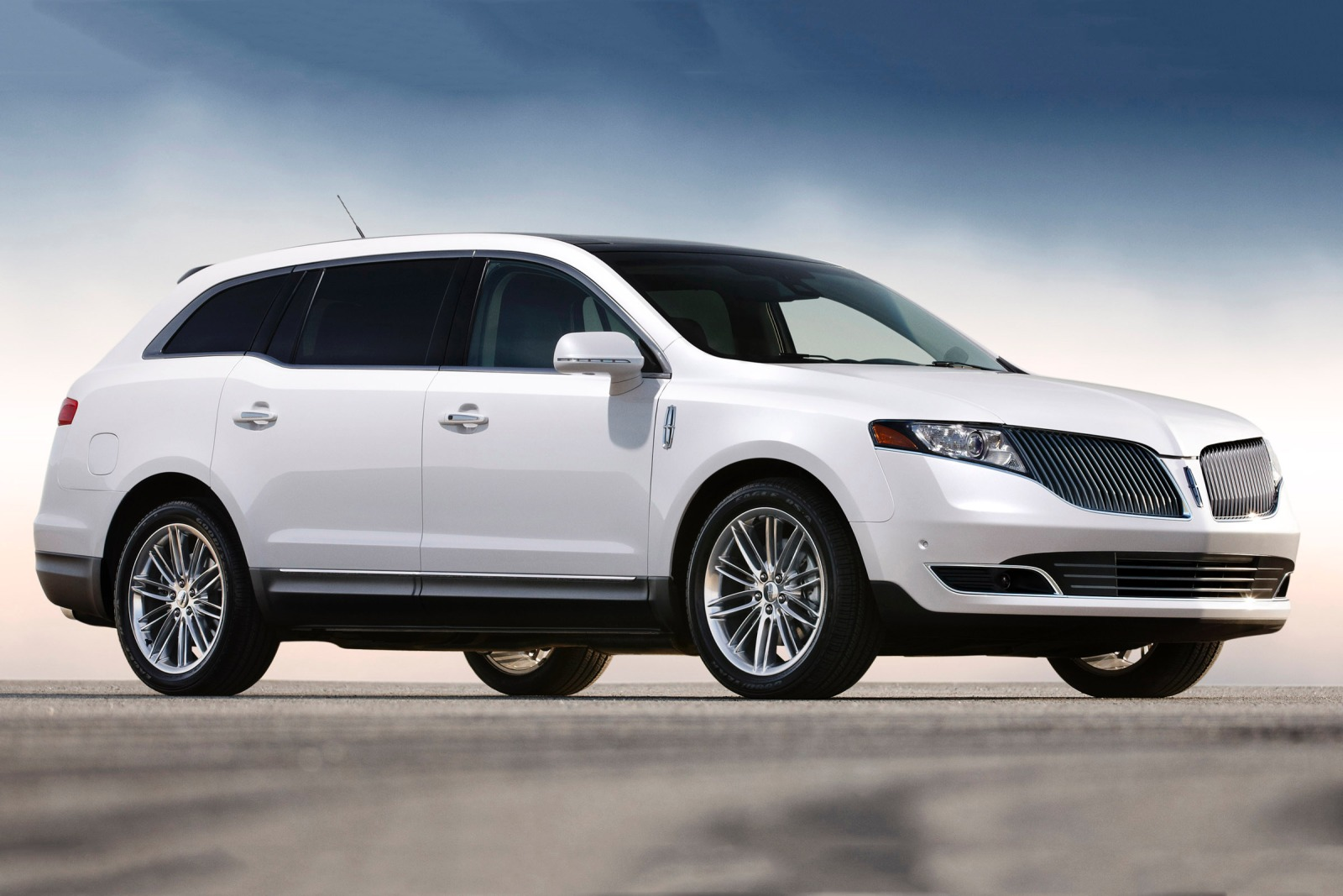 2017 Lincoln Mkx Premiere >> 2016 Lincoln mkt | Car Photos Catalog 2019