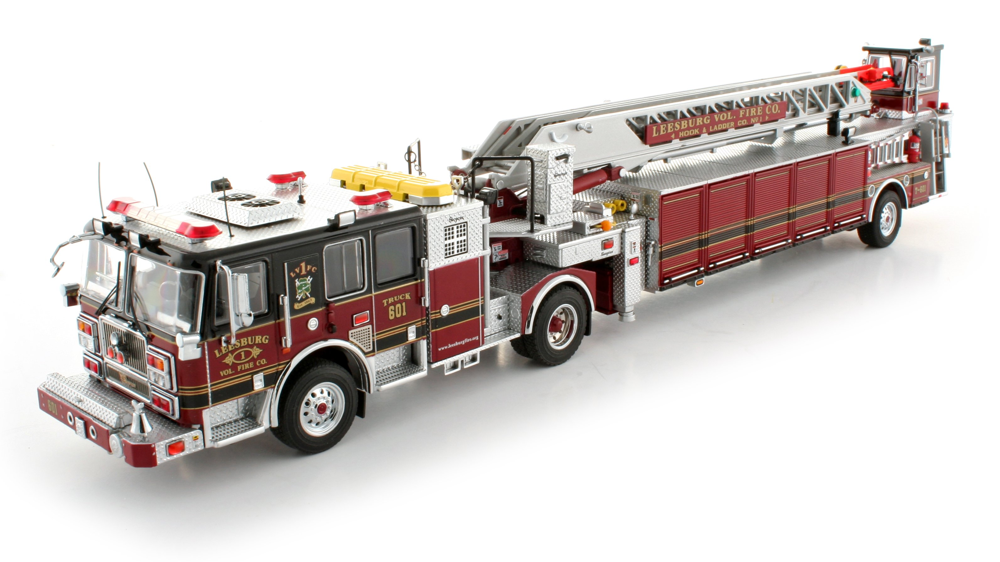 2016 Seagrave ladder photo - 1