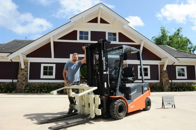 2016 Toyota forklift photo - 1