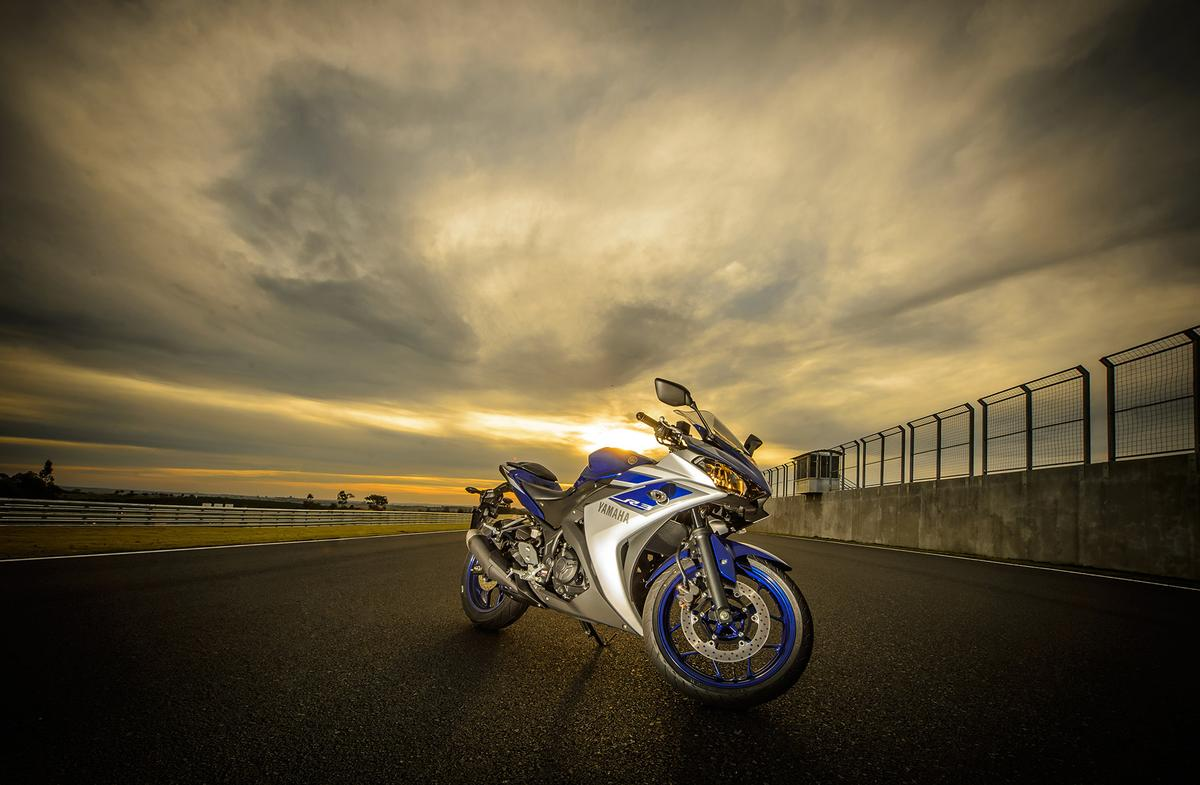 2016 Yamaha r3 photo - 3