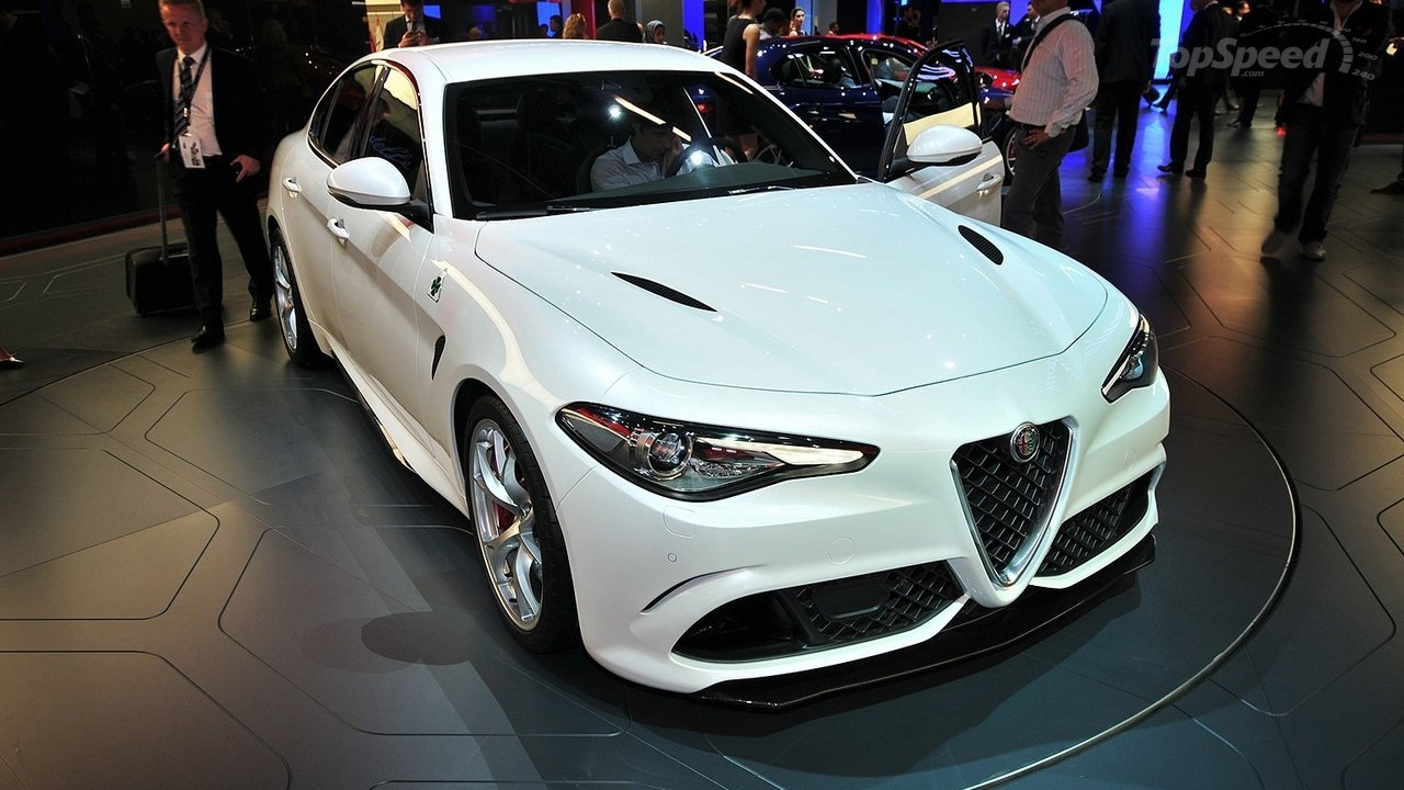 2017 Alfa Romeo 146 photo - 3
