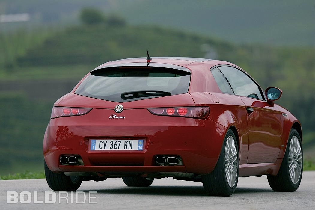 2017 Alfa Romeo Brera UK Version photo - 4