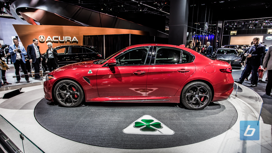 2017 Alfa Romeo Giulia Berlina photo - 4