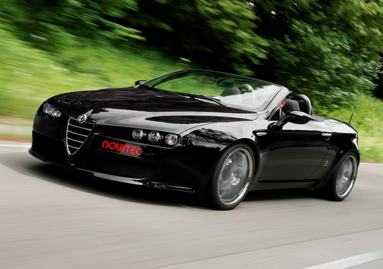 2017 Alfa Romeo Spider photo - 1