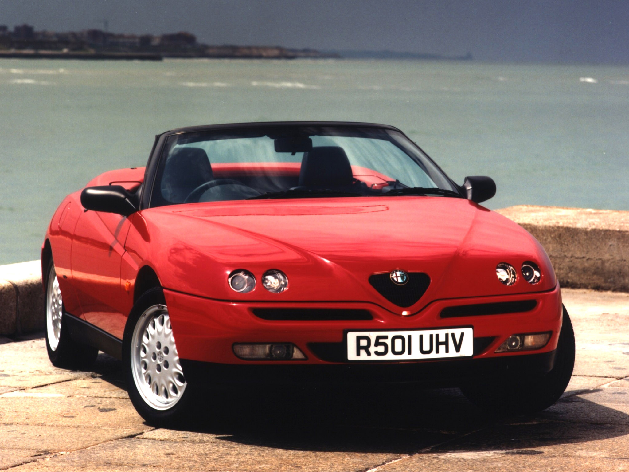 2017 Alfa Romeo Spider UK Version photo - 3