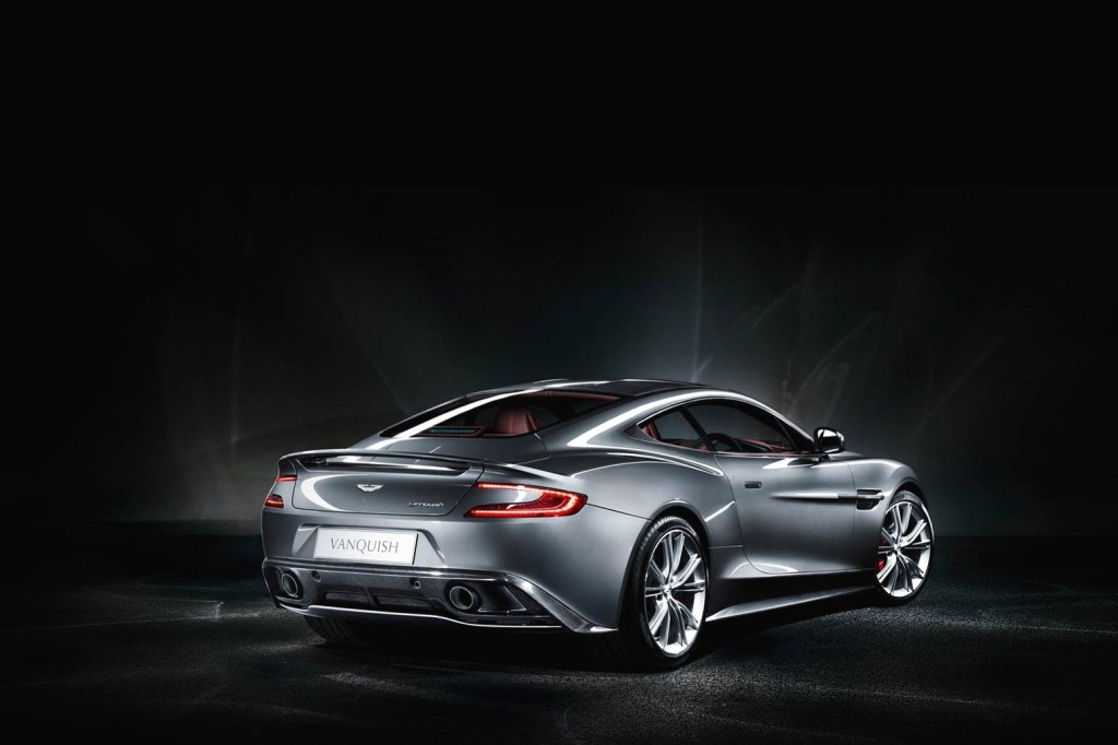 2017 Aston Martin Bulldog Concept Car photo - 2