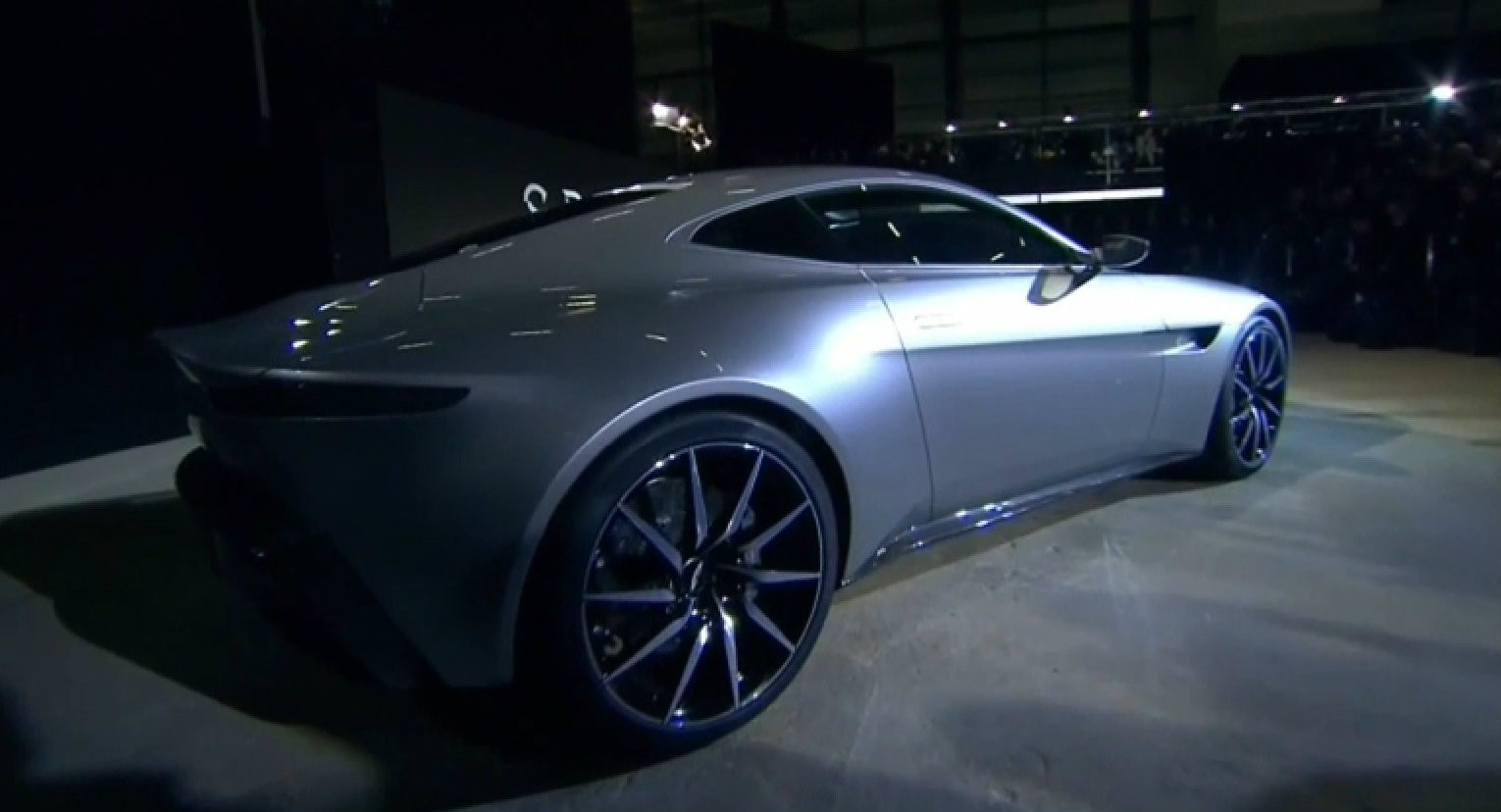 2017 Aston Martin DB10 photo - 1