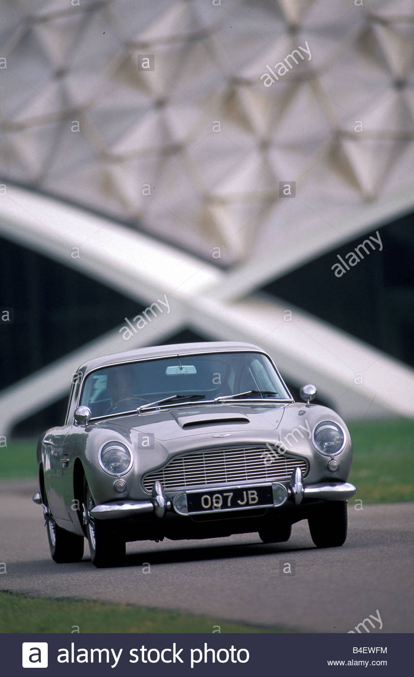 2017 Aston Martin DB5 photo - 1