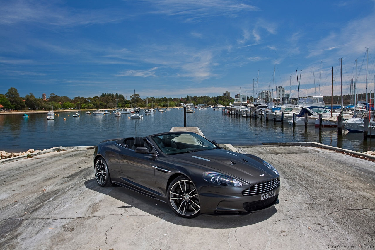 2017 Aston Martin DBS Volante | Car Photos Catalog 2018