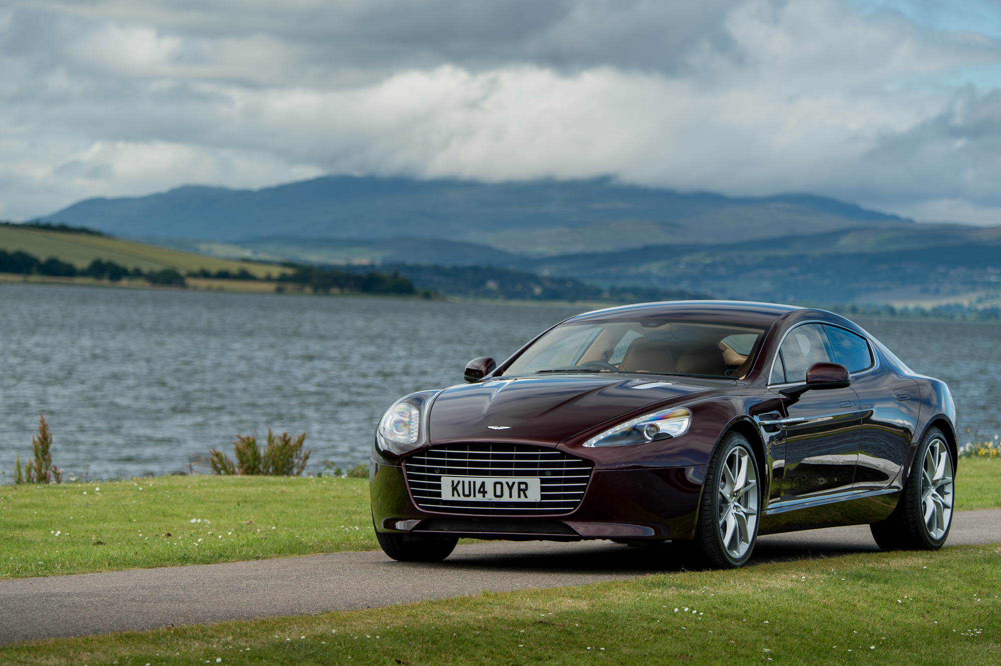 2017 Aston Martin Rapide Concept photo - 1