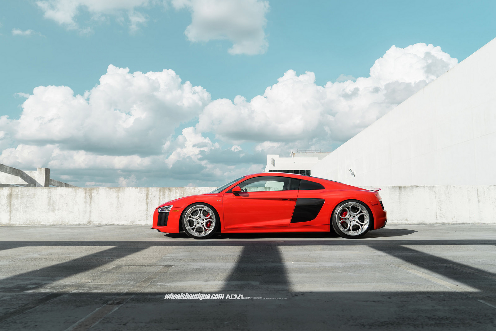 2017 Audi R8 competition photo - 4