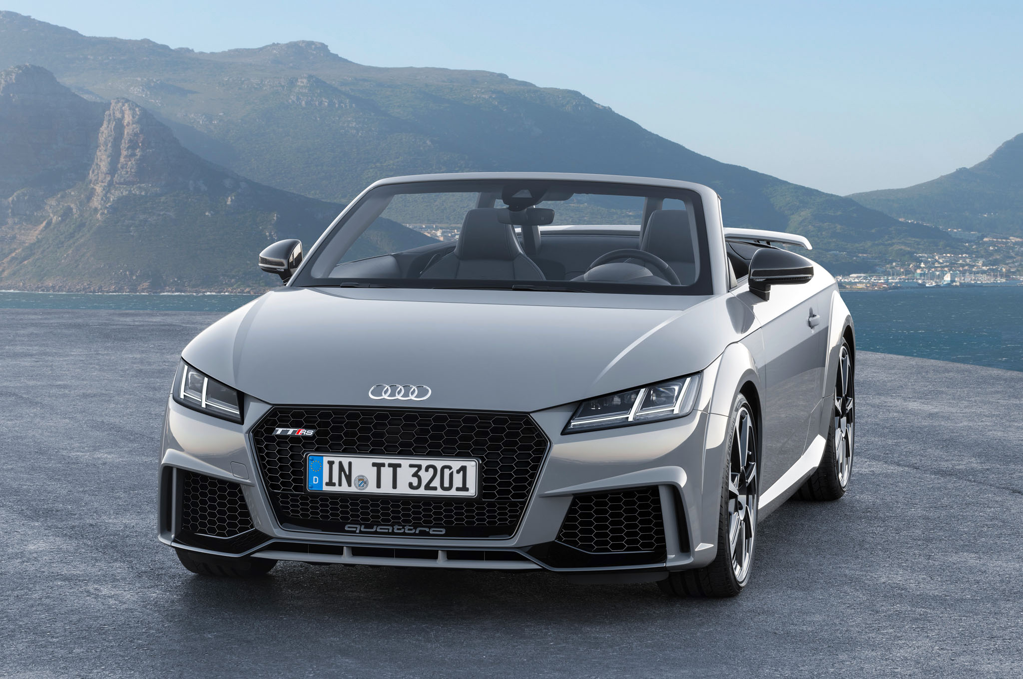 2017 Audi TT RS plus photo - 3