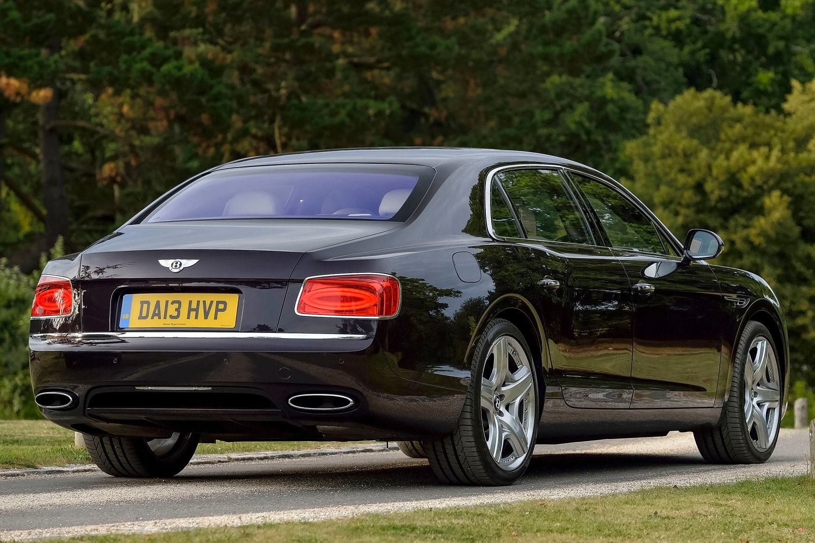 2017 Bentley Continental Flying Spur photo - 3