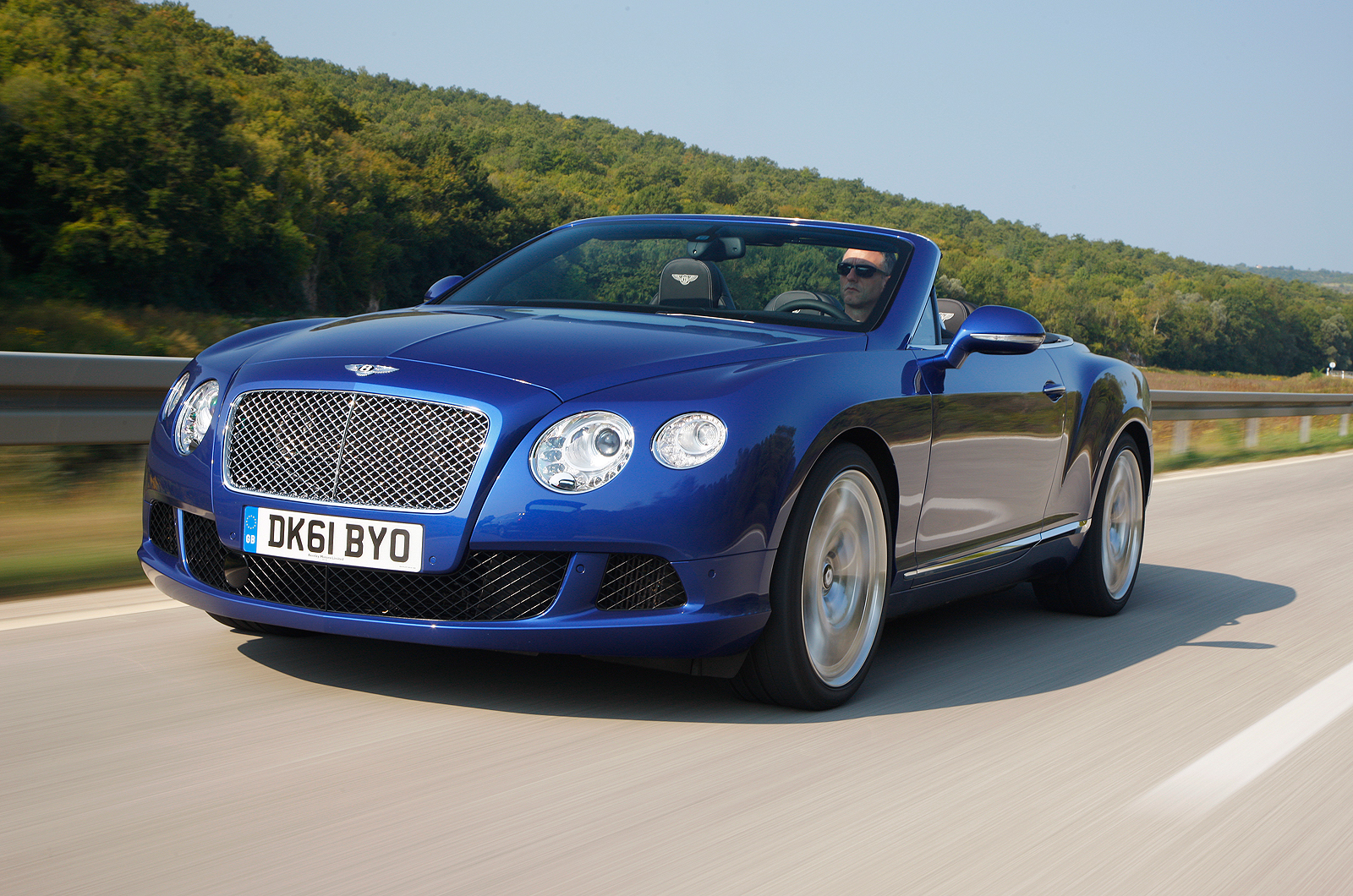 2017 Bentley Continental GT V8 S Convertible photo - 1