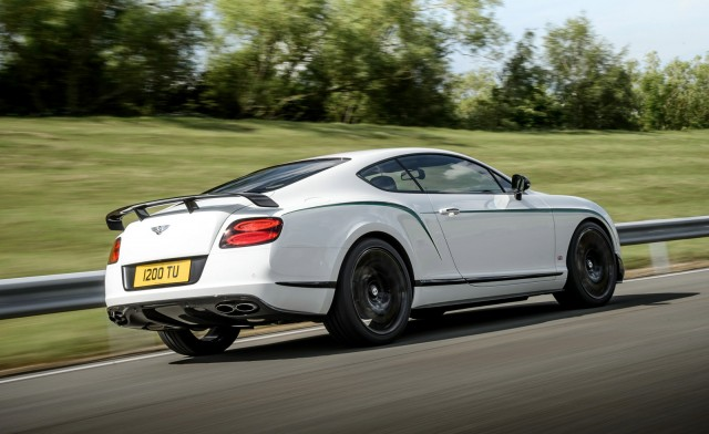 2017 Bentley Continental GT3 R photo - 1