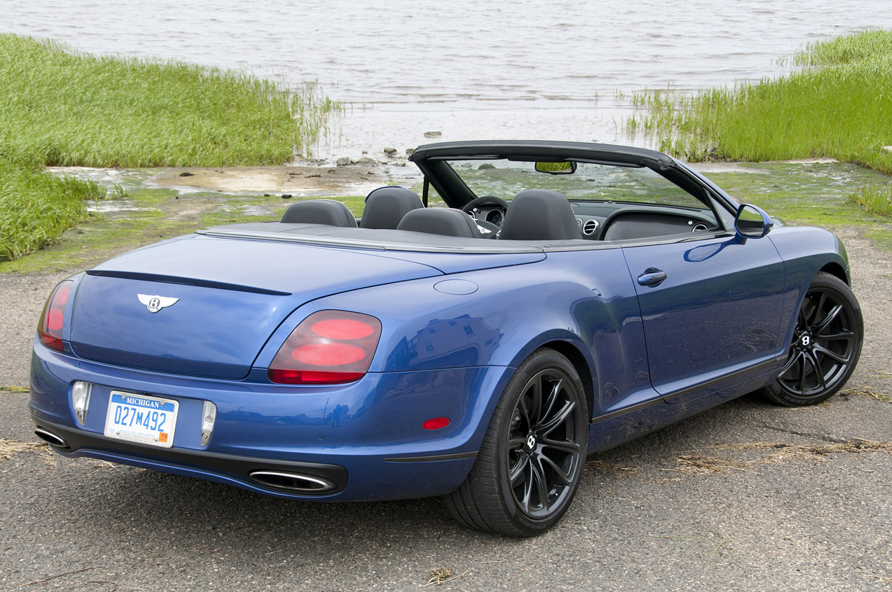 2017 Bentley Continental Supersports Convertible photo - 4