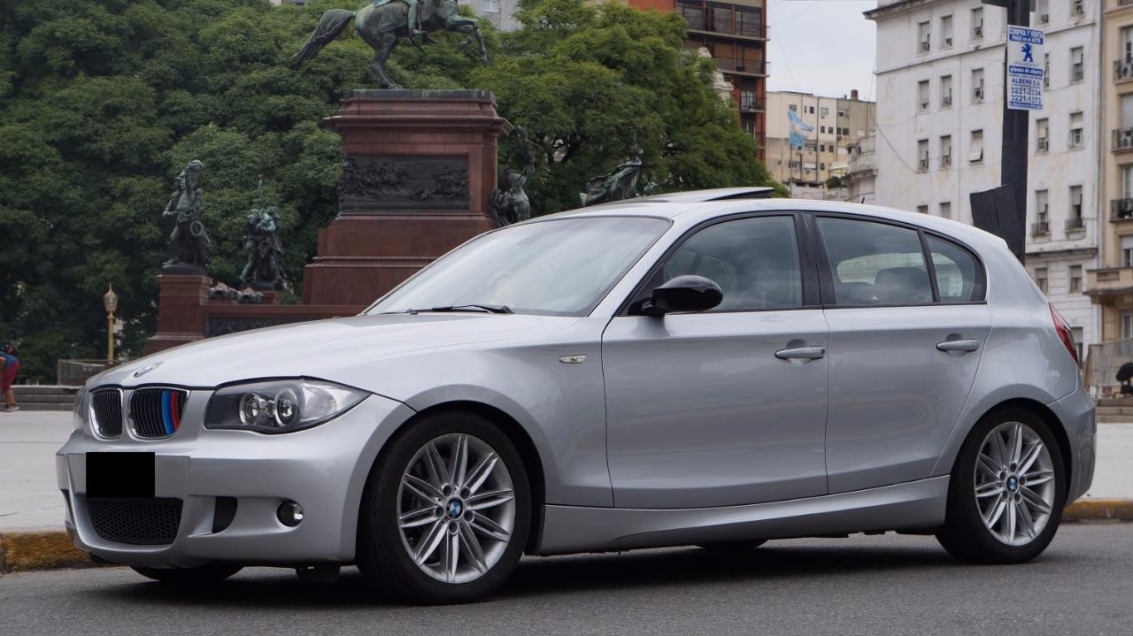 2017 BMW 130i M Package photo - 1