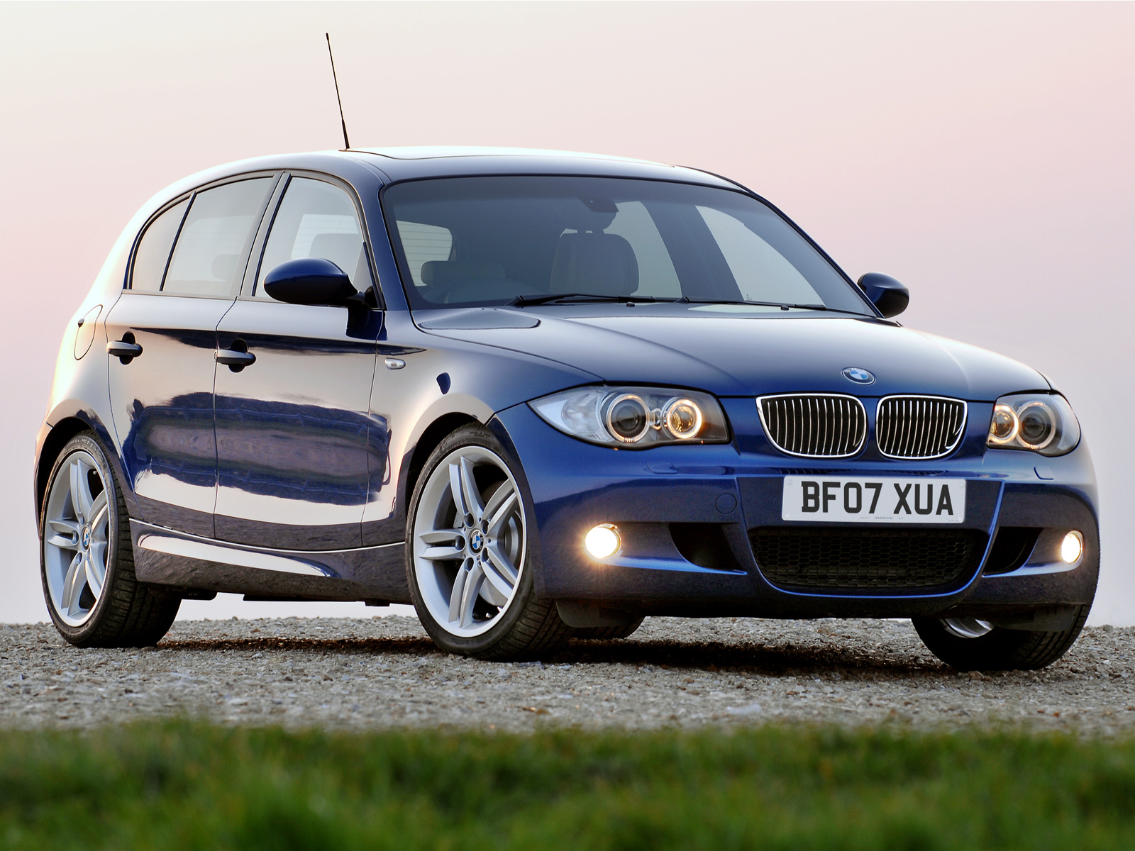 2017 BMW 130i M Package photo - 2
