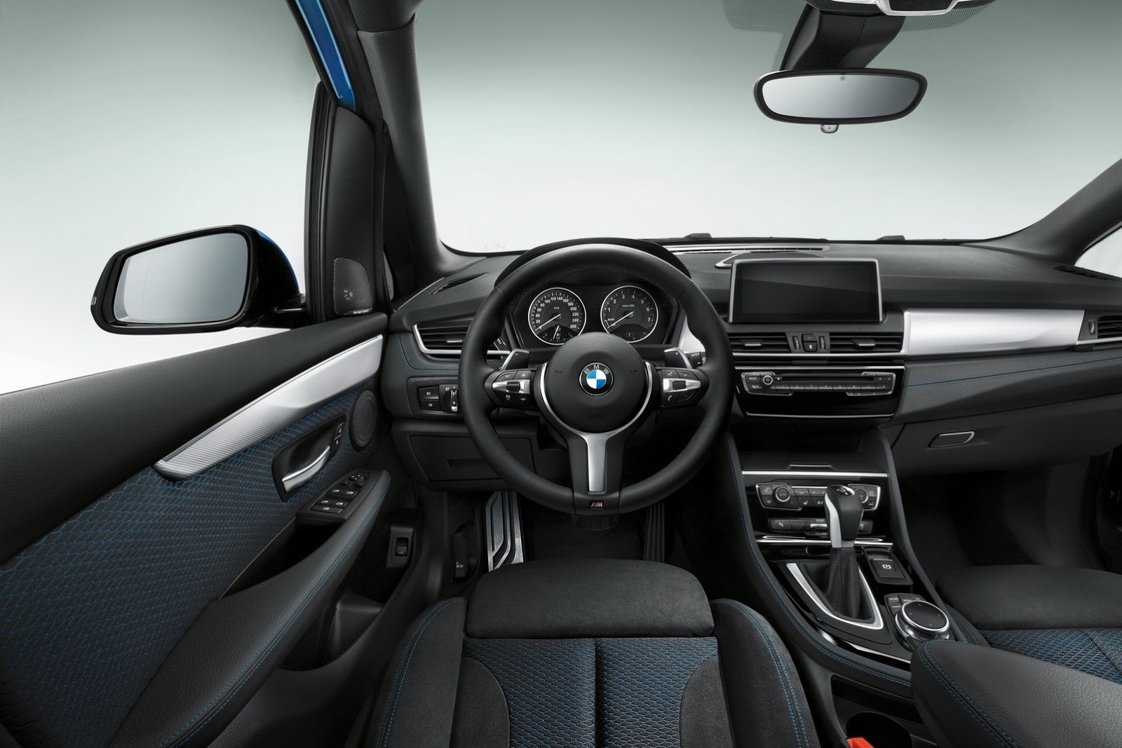 2017 BMW 2 Series Active Tourer photo - 3