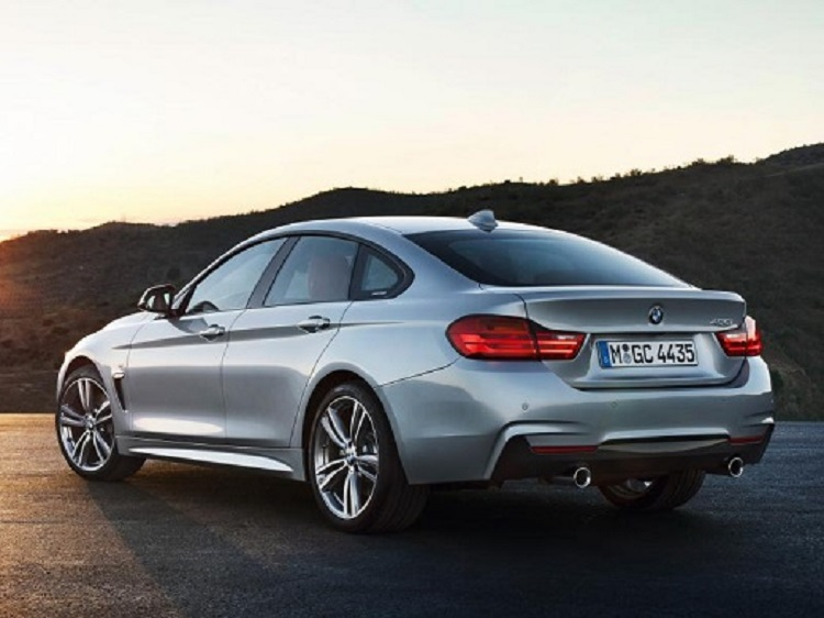 2017 BMW 2 Series Coupe photo - 4